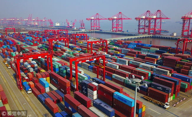 A container wharf of Taicang Port in Jiangsu Province on February 5, 2018. [Photo: VCG]
