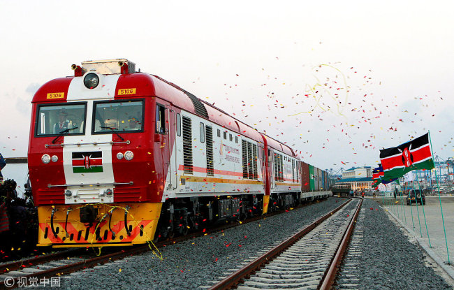 A cargo train is launched to operate on the Standard Gauge Railway (SGR) line constructed by the China Road and Bridge Corporation (CRBC) and financed by the Chinese government in Kenya's coastal city of Mombasa, May 30, 2017.[Photo: VCG]