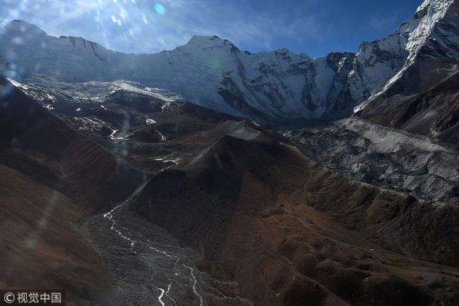 This aerial file photo taken on November 22, 2018 shows a glacier in the Everest region of Nepal, in the Solukhumbu district some 140km northeast of Kathmandu. [Photo: VCG]