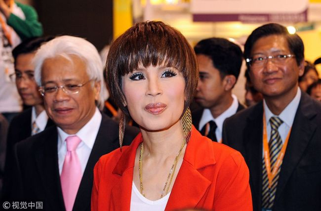 This picture taken on March 24, 2010 shows Thai Princess Ubolratana Mahidol visiting the Thailand pavilion at the Hong Kong Entertainment Expo. [File Photo: VCG]