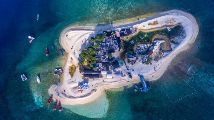 A tour of beautiful Yagong Island in the South China Sea