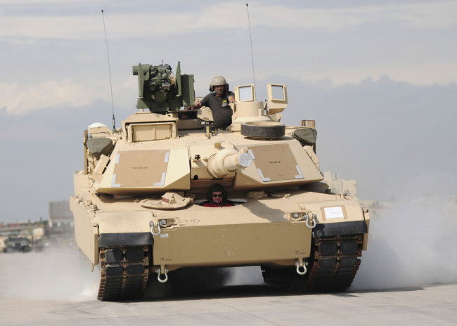 This September 1, 2015 file photo shows a U.S. M1A2 Abrams tank. M1A2 Abrams tanks are included in the possible U.S. arms sale to Taiwan. [File photo: IC]