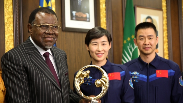Namibia's President hails Chinese astronauts' visit