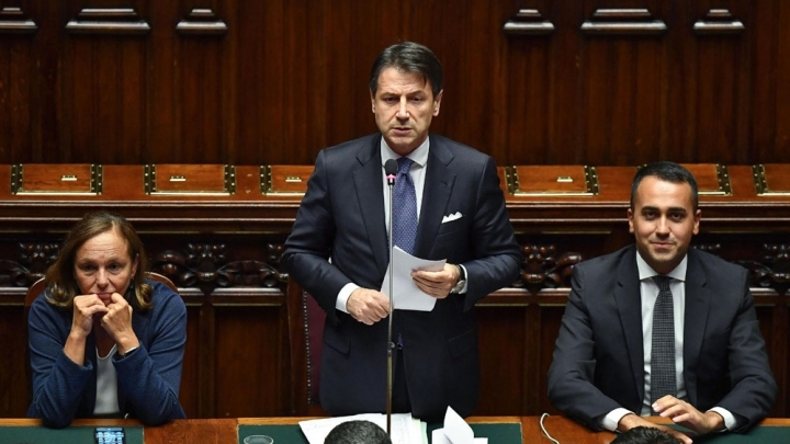 Italy's new gov't wins first of two confidence votes