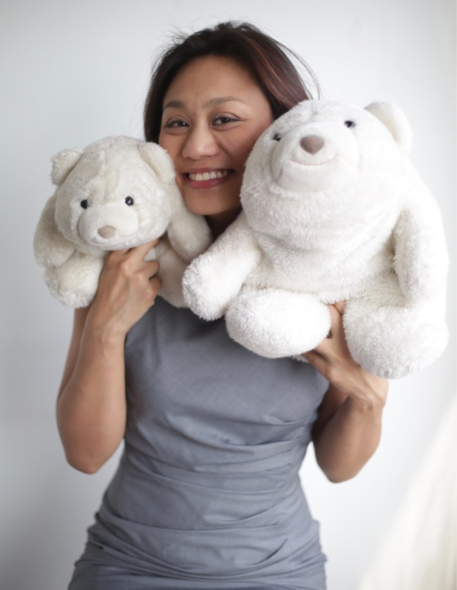 Enoch and her bears.[Photo: courtesy of Enoch Li]